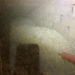 Aislamiento con celulosa insuflada bajo teja