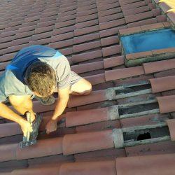 Aislamiento de un tejado con celulosa insuflada en Reus